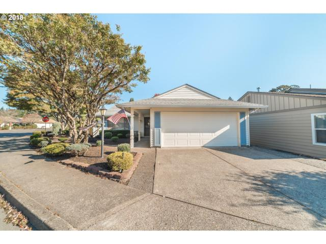 15574 SW Summerfield Ln, Tigard, OR 97224 (MLS #19295357) :: The Sadle Home Selling Team