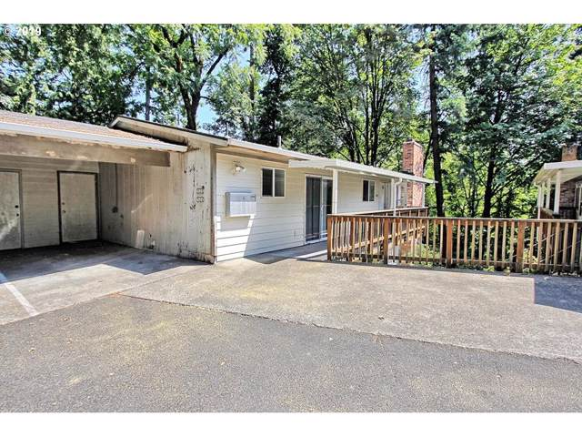 7020 SW Capitol Hill Rd, Portland, OR 97219 (MLS #19296593) :: Townsend Jarvis Group Real Estate