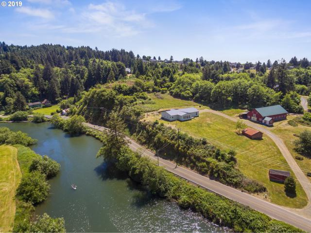 34900 Resort Dr, Cloverdale, OR 97112 (MLS #19299274) :: The Galand Haas Real Estate Team