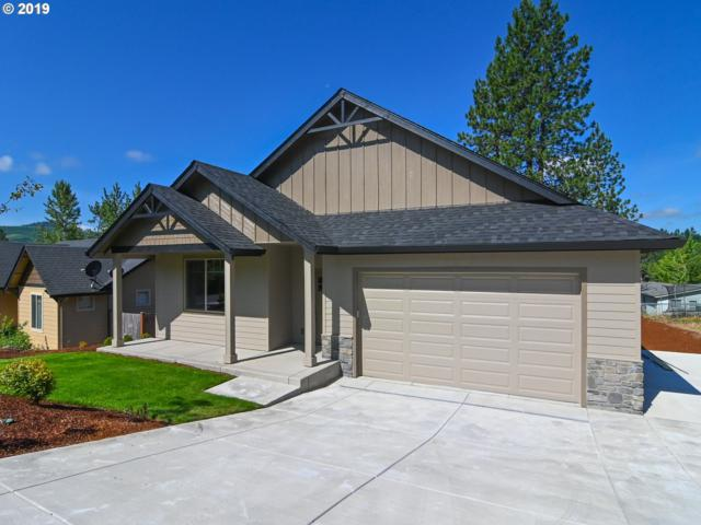 425 N Hyland Ln, Lowell, OR 97452 (MLS #19300048) :: Team Zebrowski