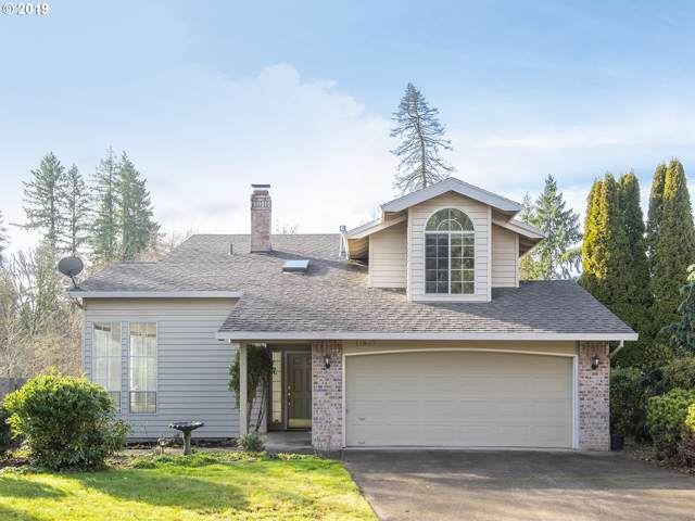 11867 SW 113TH Pl, Tigard, OR 97223 (MLS #19304085) :: Homehelper Consultants