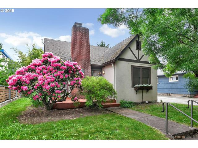 2524 SE 31ST Ave, Portland, OR 97202 (MLS #19307049) :: Cano Real Estate