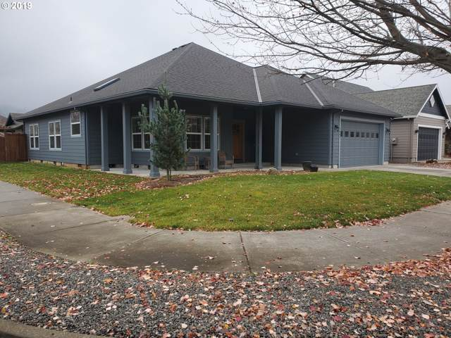 1541 5TH St, Hood River, OR 97031 (MLS #19309187) :: Cano Real Estate