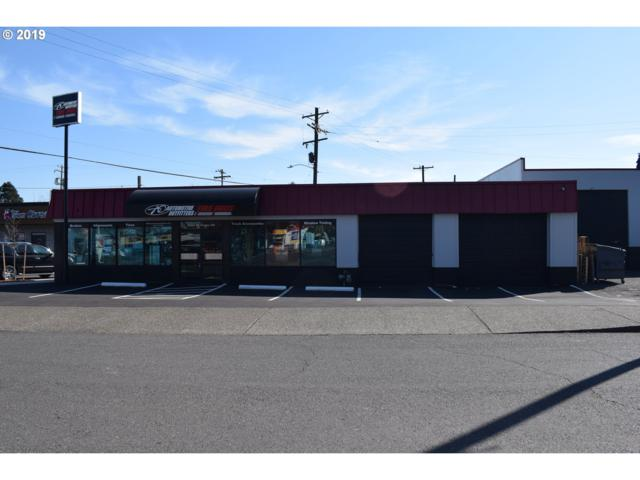 8324 SE Foster Rd, Portland, OR 97266 (MLS #19309279) :: Matin Real Estate