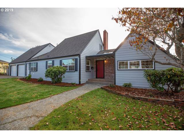 1346 Bayview Ave, North Bend, OR 97459 (MLS #19310081) :: Fox Real Estate Group