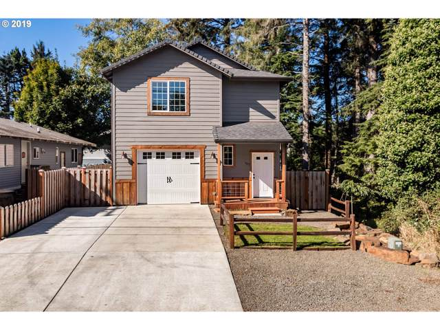 541 SE Port Ave, Lincoln City, OR 97367 (MLS #19312010) :: The Liu Group