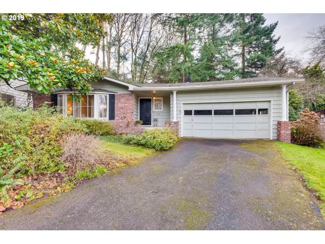 1122 Erickson St, Lake Oswego, OR 97034 (MLS #19313167) :: Homehelper Consultants