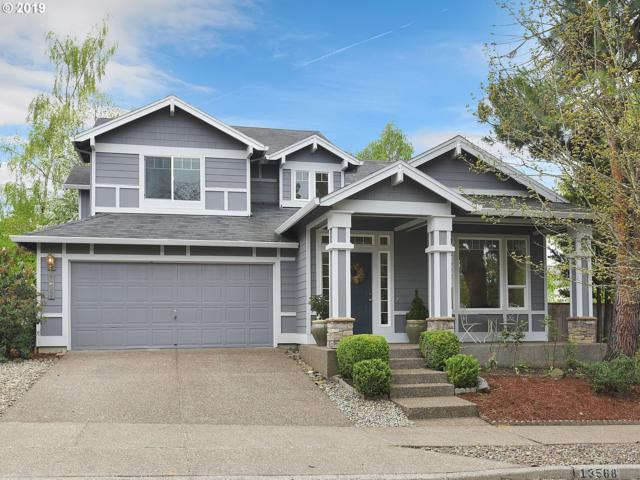 13568 SE 153RD Dr, Clackamas, OR 97015 (MLS #19314316) :: Stellar Realty Northwest