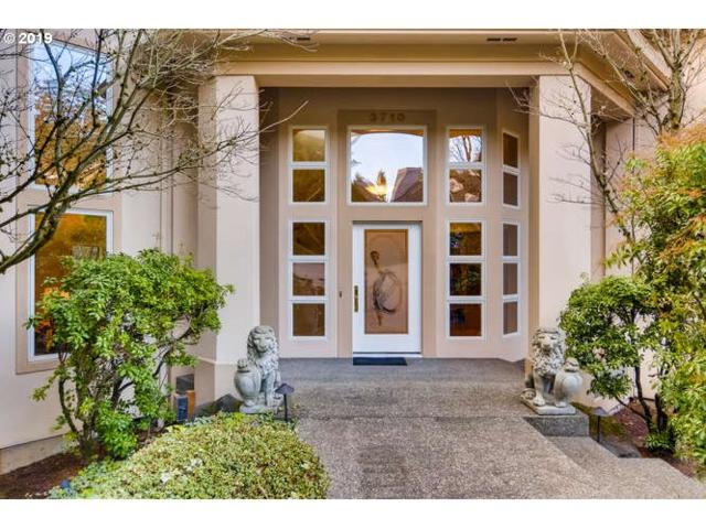 3710 Marquis Ct, Lake Oswego, OR 97034 (MLS #19316348) :: The Sadle Home Selling Team