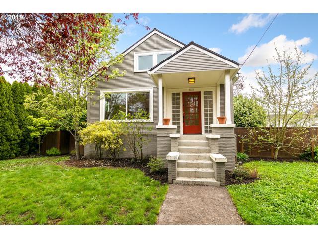 5226 SE 18TH Ave, Portland, OR 97202 (MLS #19316356) :: TLK Group Properties