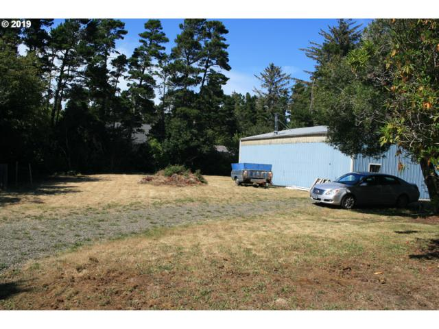 4872 Seapine Dr, Florence, OR 97439 (MLS #19316702) :: Townsend Jarvis Group Real Estate