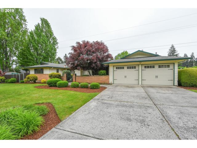 11015 NE 10TH Ave, Vancouver, WA 98685 (MLS #19317730) :: The Sadle Home Selling Team