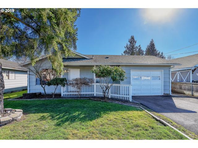 906 Elizabeth St, Kelso, WA 98626 (MLS #19317857) :: Cano Real Estate