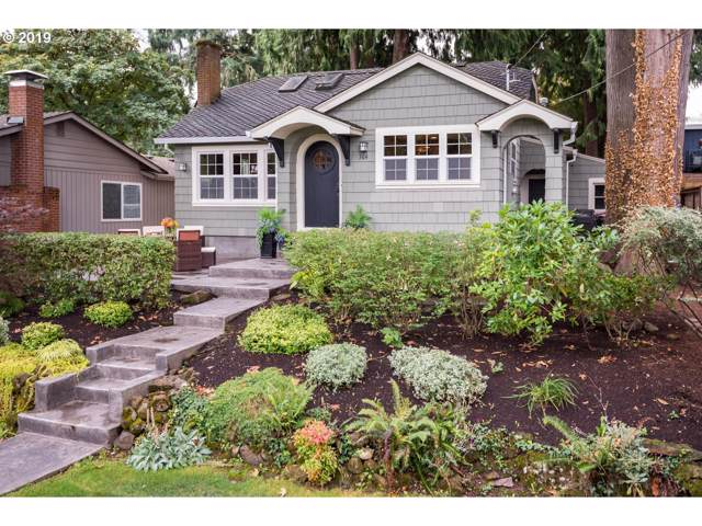 364 Northshore Rd, Lake Oswego, OR 97034 (MLS #19318807) :: Fox Real Estate Group