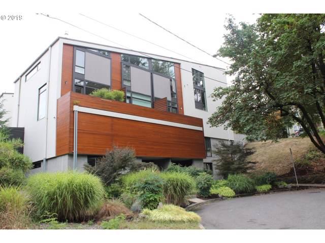 245 SW Meade St, Portland, OR 97201 (MLS #19319619) :: Stellar Realty Northwest