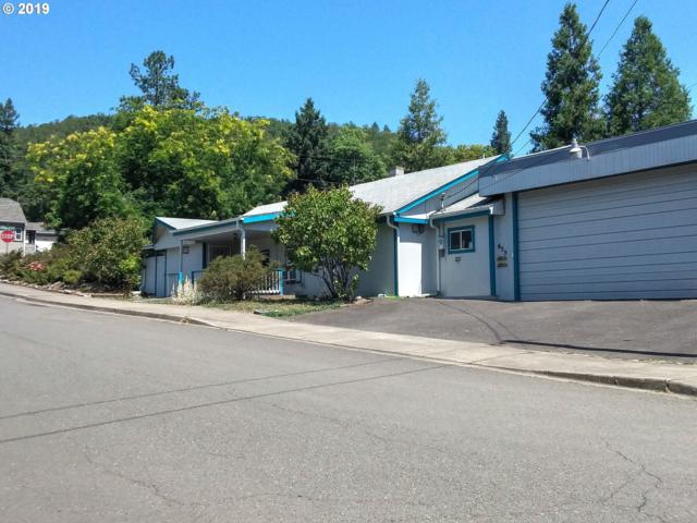 655 NE Boston St, Roseburg, OR 97470 (MLS #19320433) :: McKillion Real Estate Group