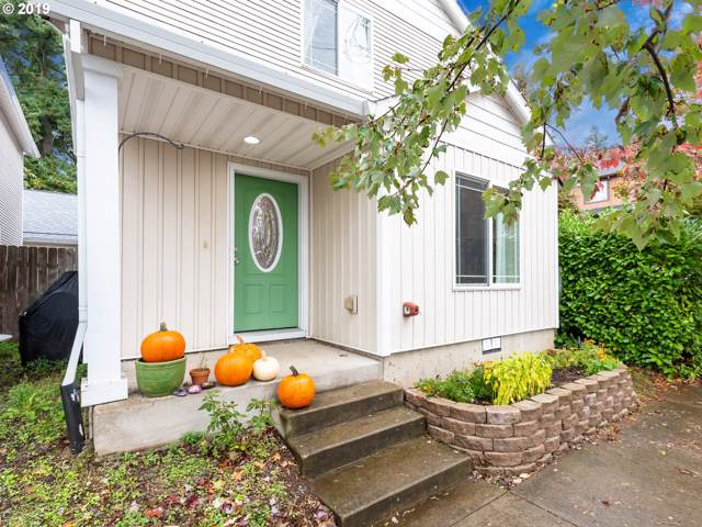 11929 SE Oak St, Portland, OR 97216 (MLS #19322576) :: Next Home Realty Connection