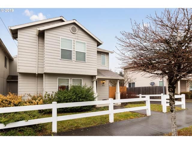 653 SE Hogan Rd, Gresham, OR 97080 (MLS #19325977) :: Fox Real Estate Group