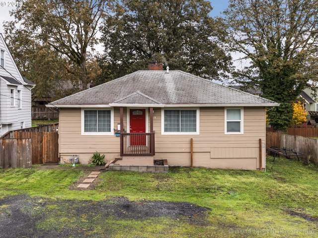 234 N 3RD St, St. Helens, OR 97051 (MLS #19328903) :: Premiere Property Group LLC