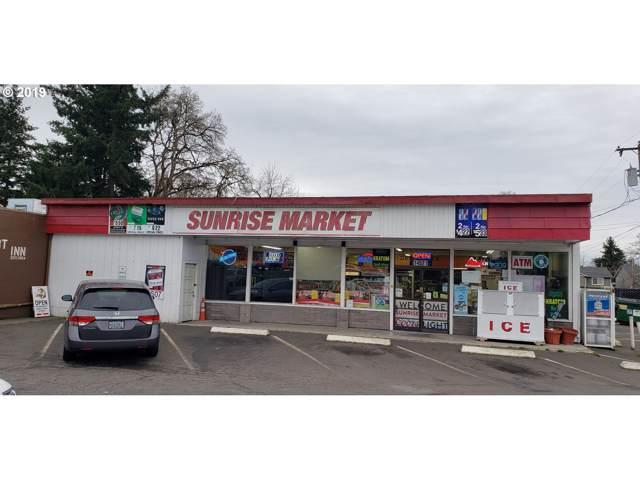 14521 SE Mclaughlin Blvd, Milwaukie, OR 97267 (MLS #19329544) :: Skoro International Real Estate Group LLC