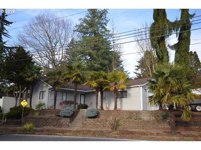 8441 SW 10TH Ave, Portland, OR 97219 (MLS #19330256) :: The Liu Group