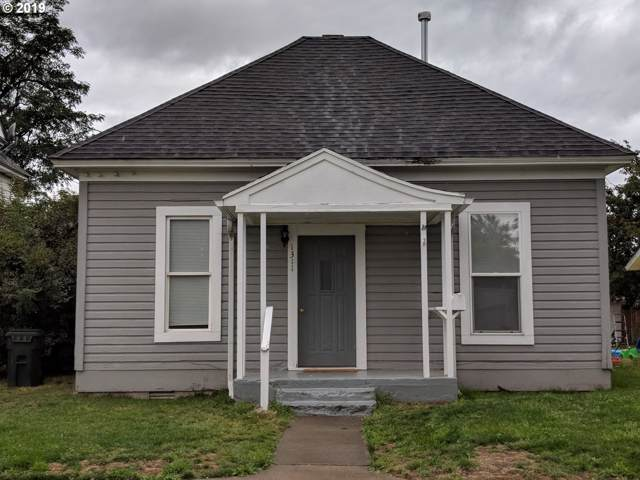 1311 4TH St, Baker City, OR 97814 (MLS #19331884) :: Song Real Estate