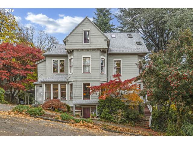 3935 SW Corbett Ave, Portland, OR 97239 (MLS #19332300) :: Gregory Home Team | Keller Williams Realty Mid-Willamette