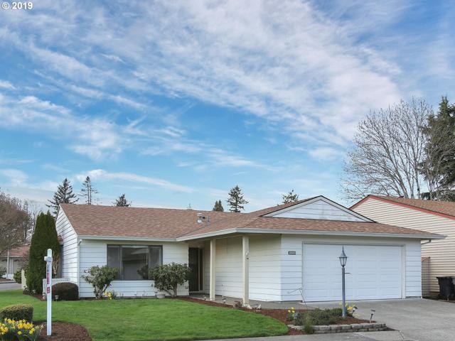15555 SW Alderbrook Cir, Tigard, OR 97224 (MLS #19343193) :: McKillion Real Estate Group