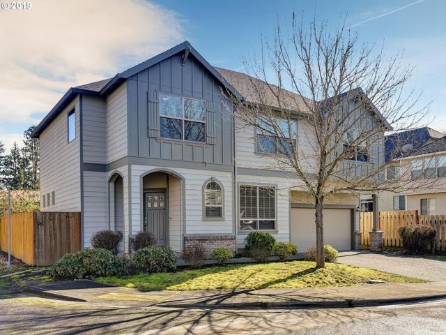 1724 SW Willowview Ter, Aloha, OR 97003 (MLS #19345894) :: Homehelper Consultants