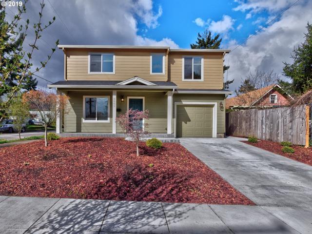 1633 NE Liberty St, Portland, OR 97211 (MLS #19346257) :: The Sadle Home Selling Team