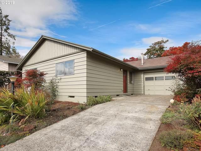 16025 SW King Charles Ave, King City, OR 97224 (MLS #19346592) :: R&R Properties of Eugene LLC