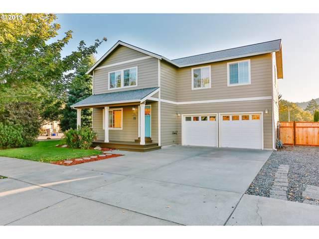 1541 3RD St, Hood River, OR 97031 (MLS #19351083) :: Cano Real Estate