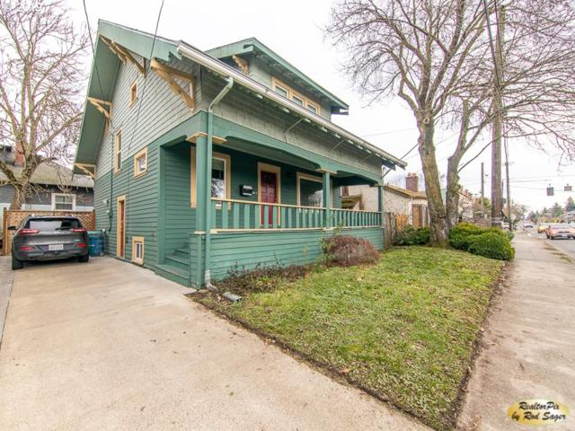 2014 SE Cesar E Chavez Blvd, Portland, OR 97214 (MLS #19351086) :: The Sadle Home Selling Team