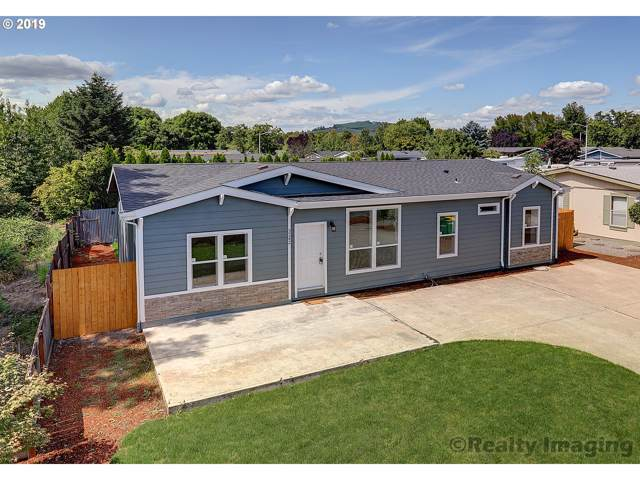 3242 Main St, Forest Grove, OR 97116 (MLS #19356034) :: Gregory Home Team | Keller Williams Realty Mid-Willamette