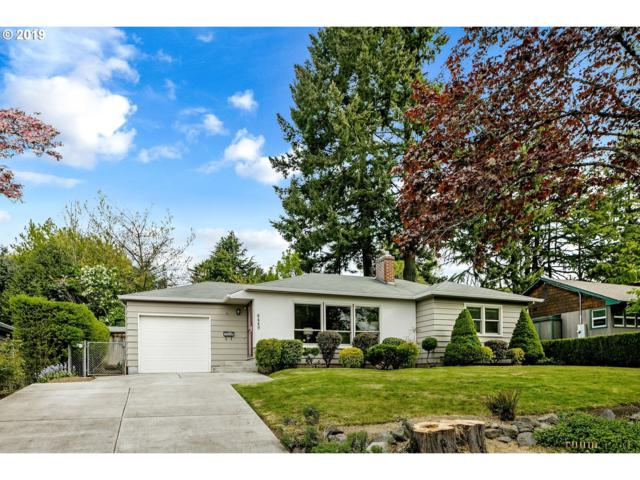 6449 SW 46TH Pl, Portland, OR 97221 (MLS #19356838) :: Cano Real Estate