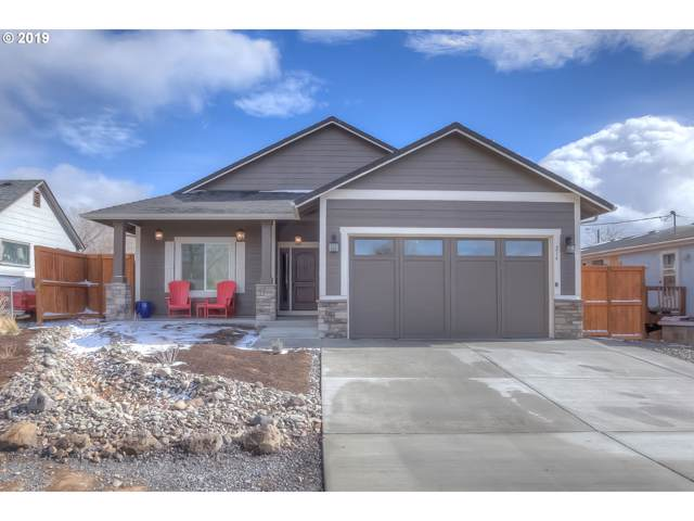 216 2ND Ave, Culver, OR 97734 (MLS #19358841) :: Gustavo Group
