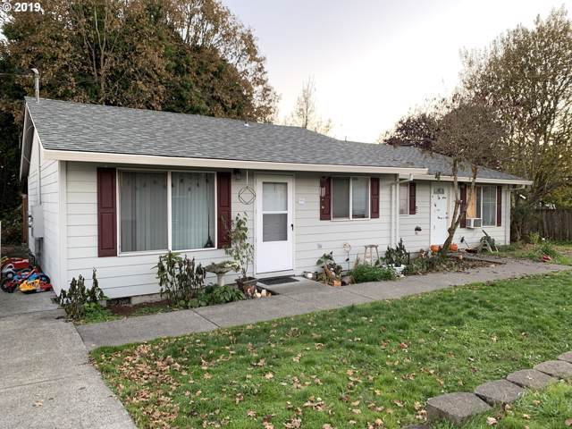 525 S 11TH St, St. Helens, OR 97051 (MLS #19361206) :: Change Realty