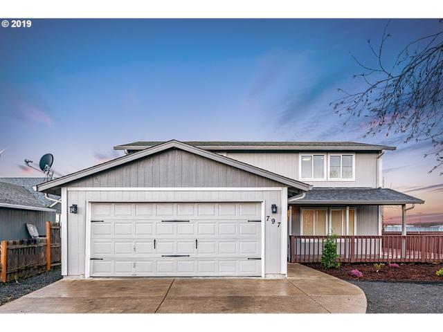 797 Erica Way, Harrisburg, OR 97446 (MLS #19364716) :: The Galand Haas Real Estate Team