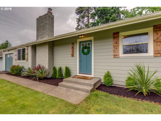 16235 SE Brooklyn St, Portland, OR 97236 (MLS #19367923) :: Next Home Realty Connection
