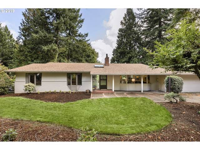 10312 SW Lancaster Rd, Portland, OR 97219 (MLS #19367986) :: McKillion Real Estate Group
