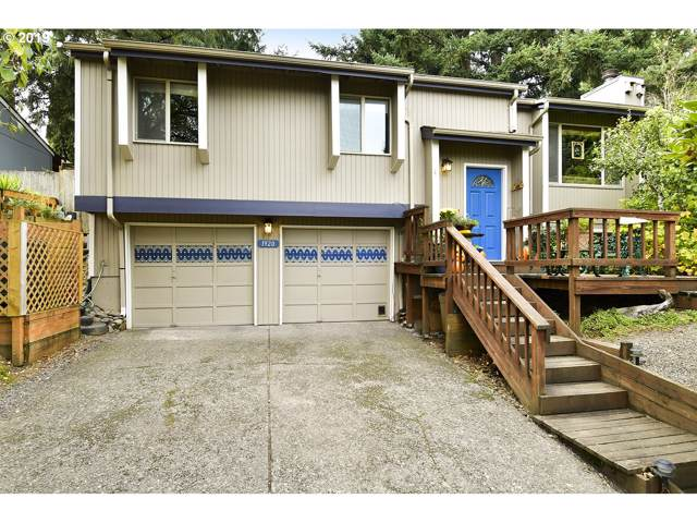 1920 16TH St, West Linn, OR 97068 (MLS #19369522) :: McKillion Real Estate Group