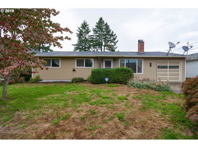 111 W 4TH St, Newberg, OR 97132 (MLS #19372373) :: Cano Real Estate