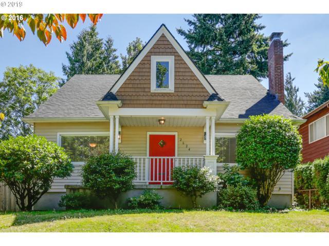 2624 NE Clackamas St, Portland, OR 97232 (MLS #19374061) :: Homehelper Consultants