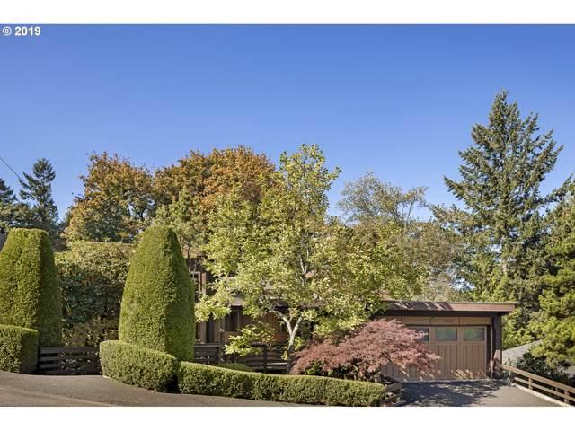 2727 SW English Ln, Portland, OR 97201 (MLS #19377426) :: Homehelper Consultants