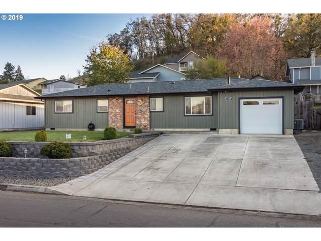 2129 Del Mar Dr, Roseburg, OR 97471 (MLS #19379703) :: Townsend Jarvis Group Real Estate