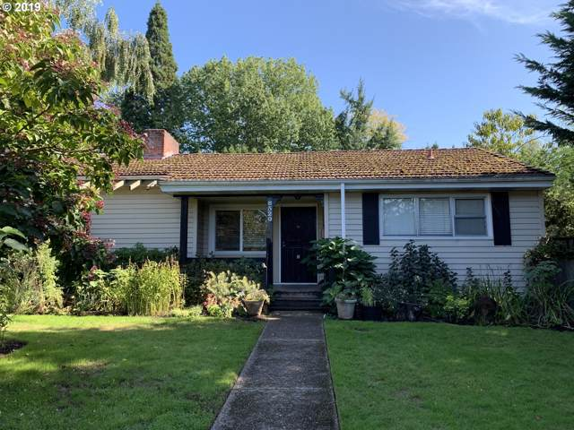 8520 SE 36TH Ave, Milwaukie, OR 97222 (MLS #19382547) :: The Liu Group