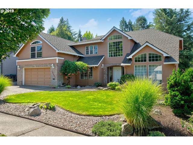 10349 SW Moratoc Dr, Tualatin, OR 97062 (MLS #19383169) :: Fox Real Estate Group