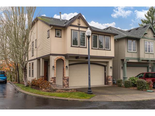 115 NE Stonebriar Ln, Hillsboro, OR 97124 (MLS #19383387) :: Premiere Property Group LLC
