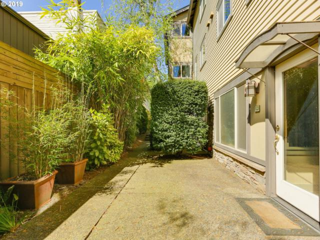 828 SE 27TH Ave #8, Portland, OR 97214 (MLS #19383808) :: McKillion Real Estate Group