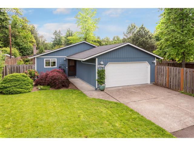 6796 SE Clackamas Rd, Milwaukie, OR 97267 (MLS #19383877) :: Fox Real Estate Group